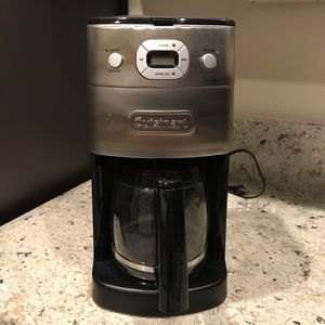 Cuisinart 12 cup coffee maker with grinder